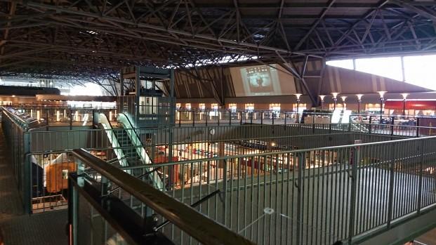 鉄道博物館の車両ステーション2階